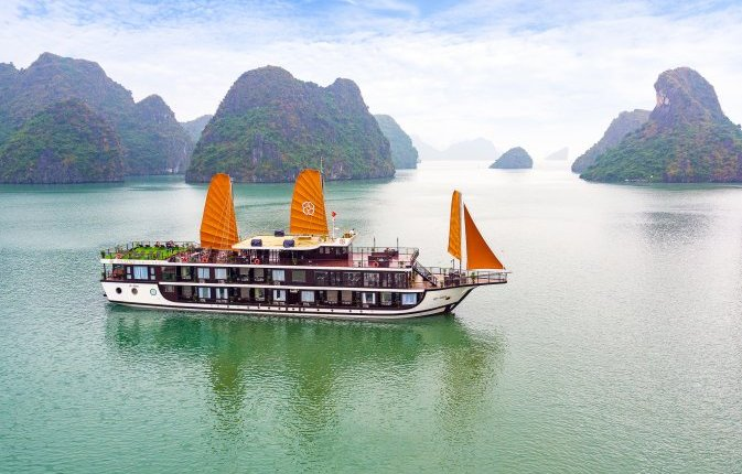 5 days Hanoi- Halong (with overnight on boat)